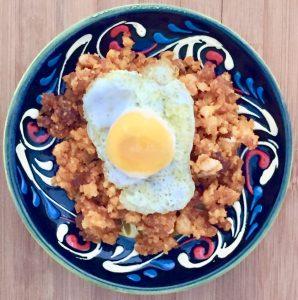 Migas con huevo de codorniz trufado.